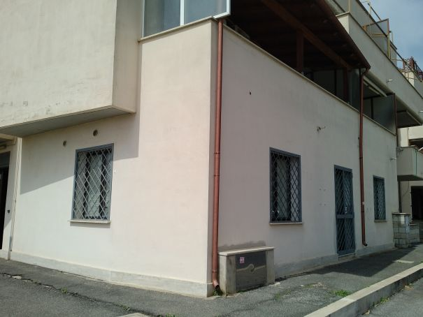 Office in Fiumicino - Fantastic investment already producing monthly rental income