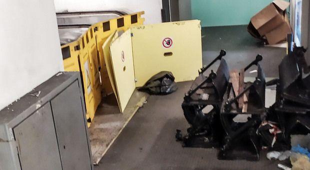 Escalator still broken at Rome's Repubblica metro station