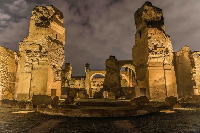 Night tours of Baths of Caracalla in Rome