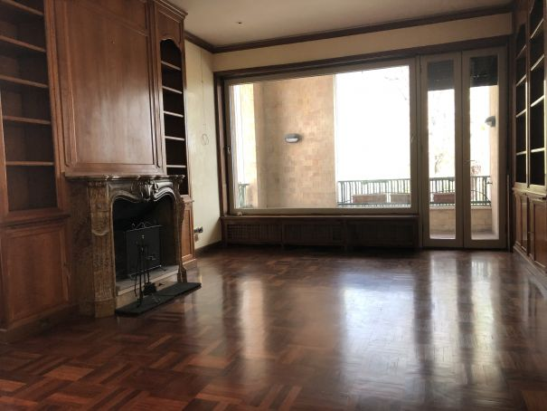 San Saba - 3 bedroom elegant flat -  Available: