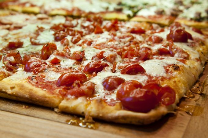 Rome makes world record for biggest pizza party