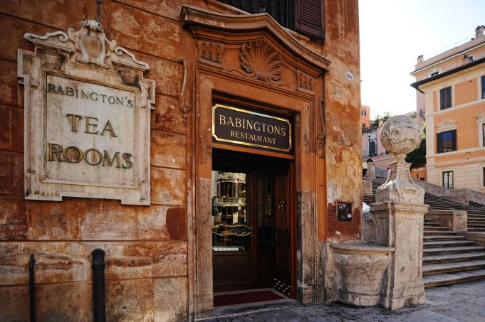 Babingtons for Darjeeling: charity auction at historic English tea room in Rome