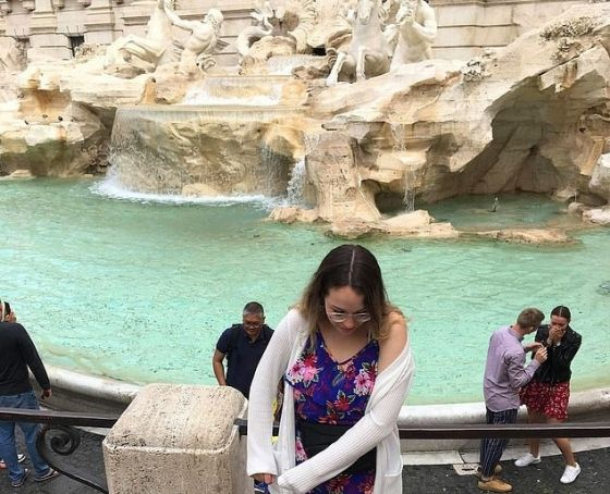 Internet hunt for wedding proposal couple at Rome's Trevi Fountain
