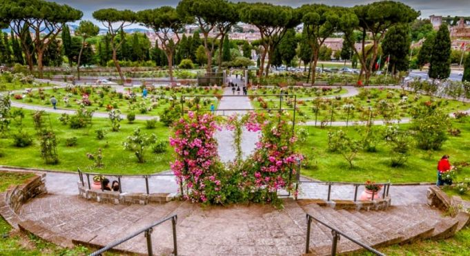 Rome's rose garden opens for holiday weekend