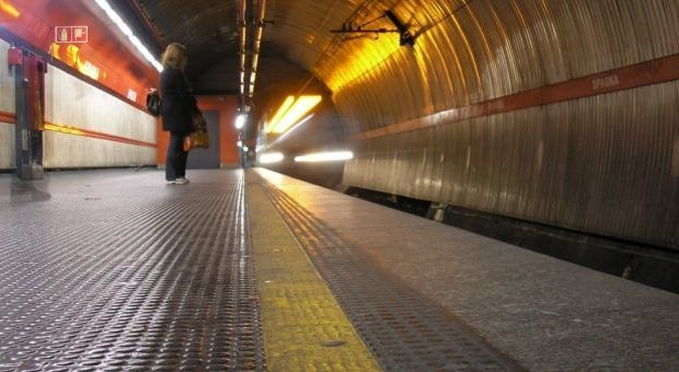 Rome's Metro A partially closed after train breaks down