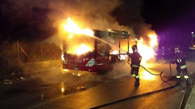 Another Rome bus bursts into flames