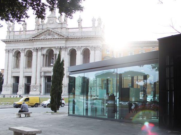 Rome tourist kiosks: info, wi-fi and toilets