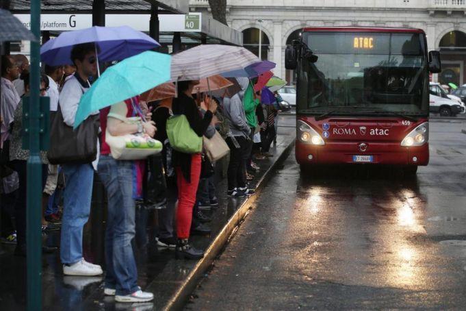 Rome public transport strike on 9 December