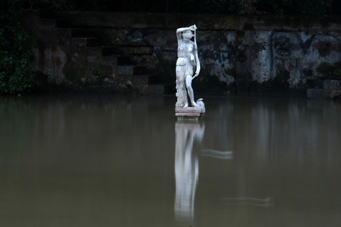 Statue of Goddess Diana appears in Rome canal - Wanted in Rome
