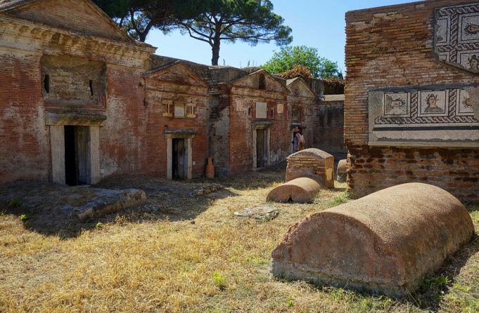 Isola Sacra: life and death in ancient Rome