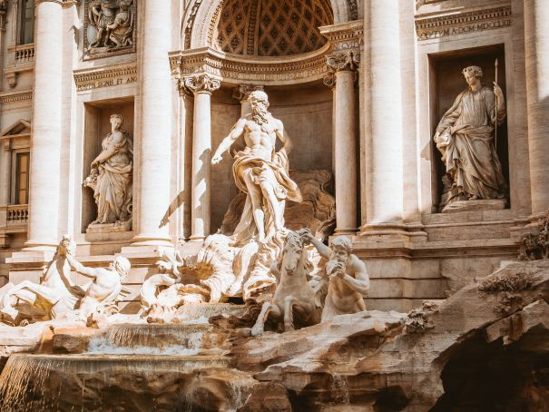 Rome police stop Bollywood climb at Trevi Fountain