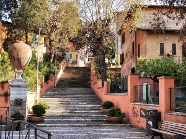 Garbatella: Rome's Garden City