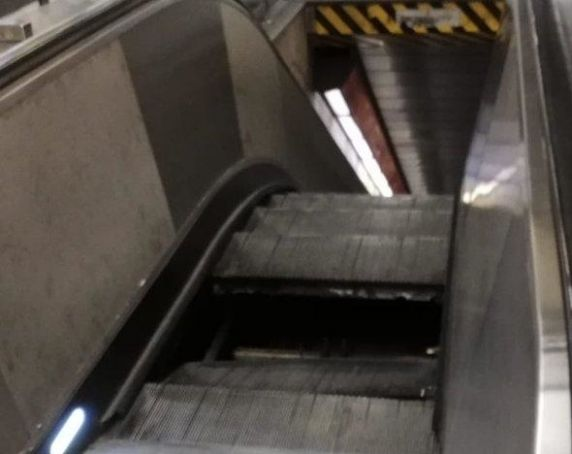Rome metro: panic as escalator gives way