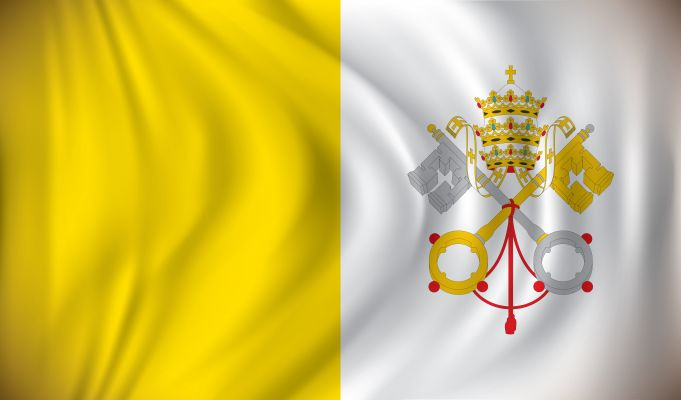 Vatican flags fly at half mast in solidarity with Covid-19 victims