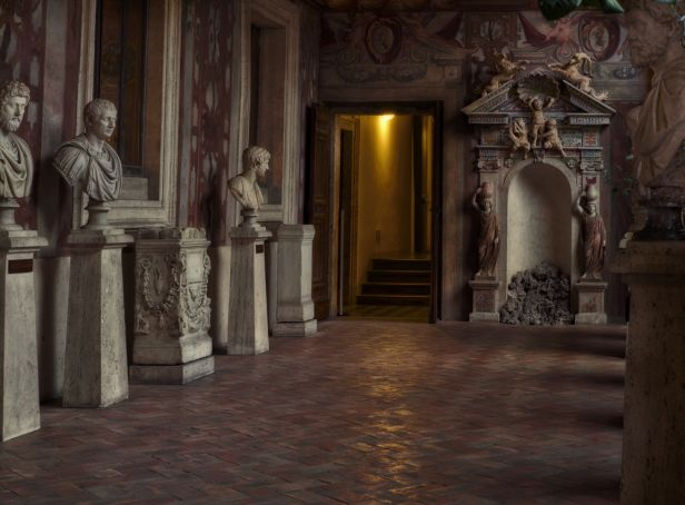 Rome's museums fall silent