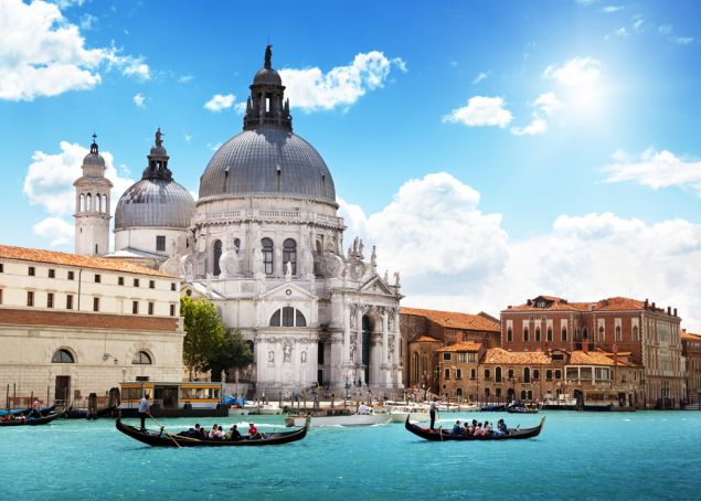 Travel to Italy: who can visit right now