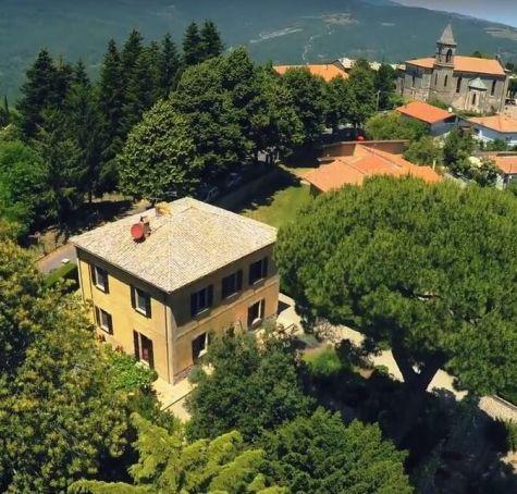 Beautiful garden villa in northern Lazio 'Borghi piu belli d'Italia'