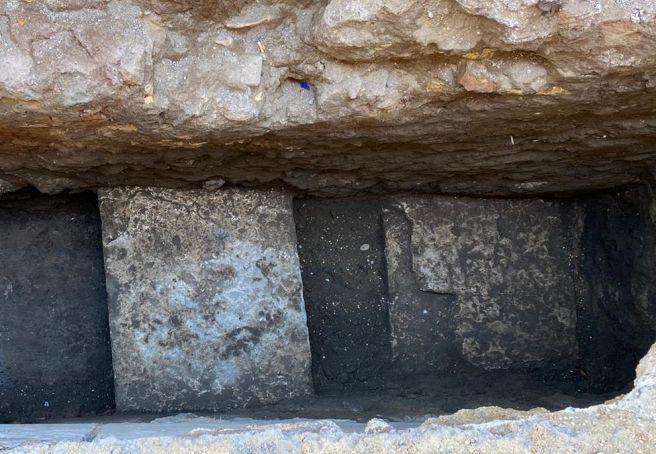Rome: Pantheon sinkhole reveals original ancient Roman floor