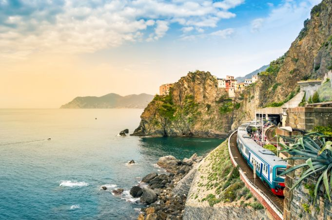 Italy to lift travel ban between regions on 3 June