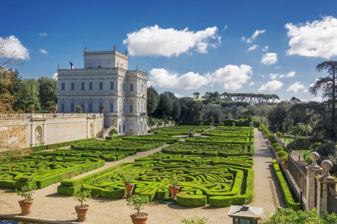 No picnics in Rome parks says mayor