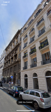 Centre Rome Metro Cavour apartment or room with private bath  for rent