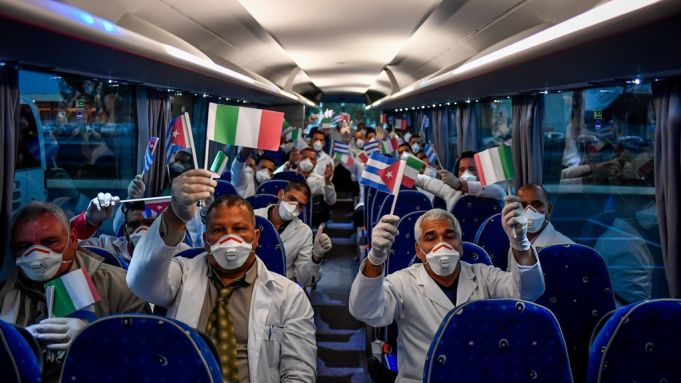 Covid-19: Italy bids farewell to Cuban doctors