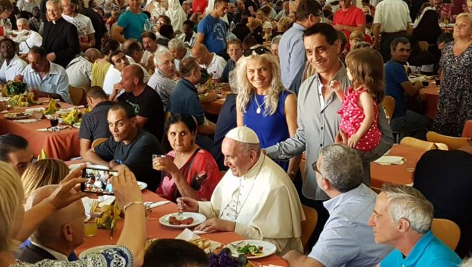 Rome: Pope sets up €1 million fund to help Romans hit by covid-19 crisis