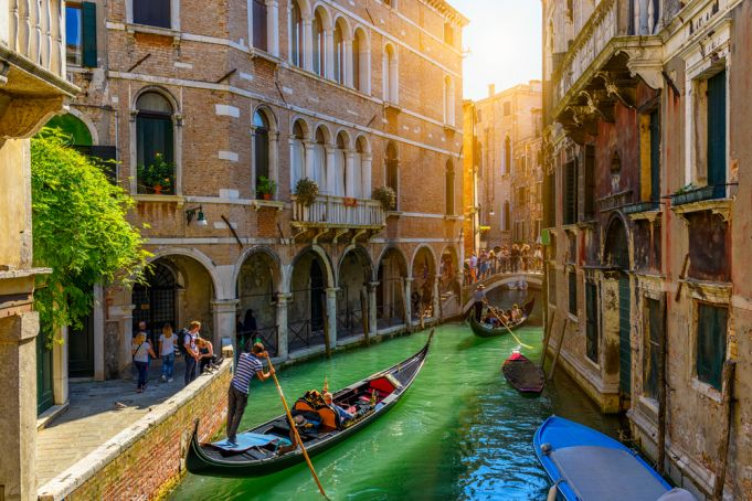 Covid-19: Italy's tourist industry to lose €100 billion in 2020