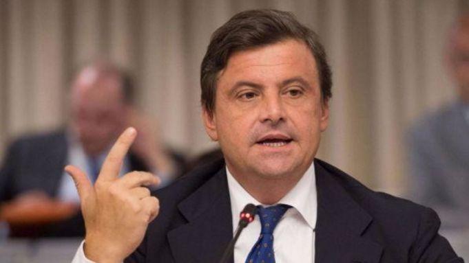 Carlo Calenda enters race for Rome mayor