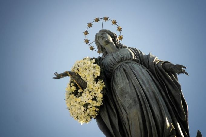 Covid-19: Pope cancels pilgrimage to Rome's Spanish Steps