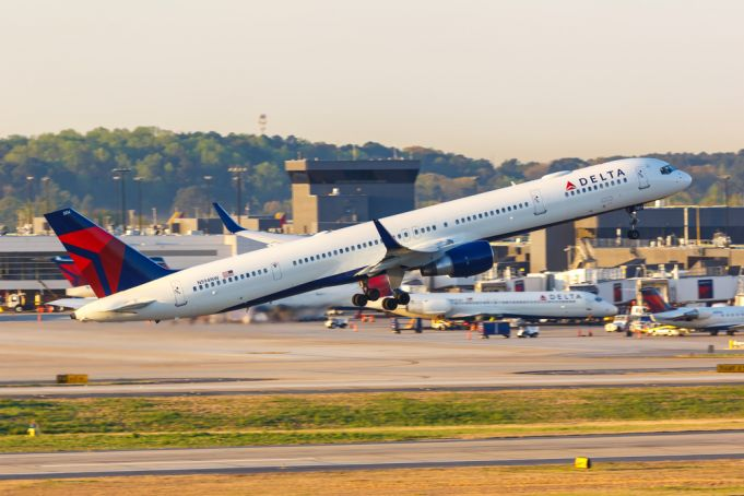 Covid-19: Delta and Alitalia to offer 'quarantine-free' flights between US and Italy