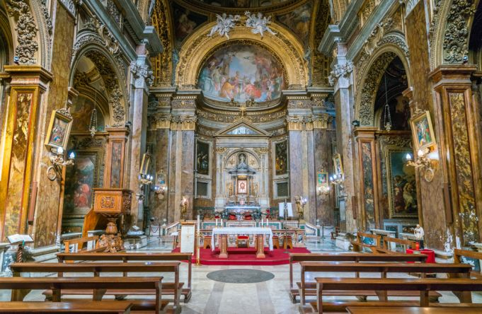 Rome's Christmas religious services and Masses in English