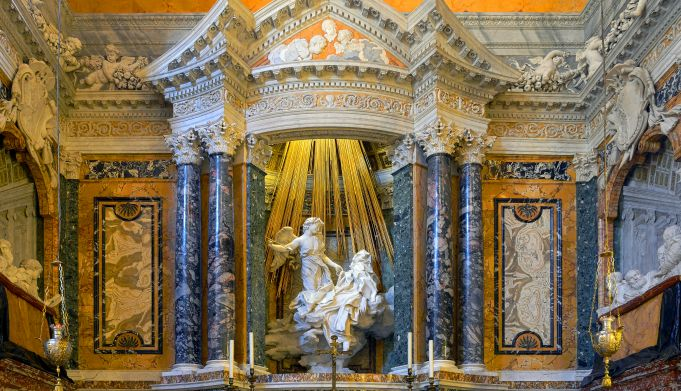 Italy: Rome high school students take their art history lessons in Baroque churches
