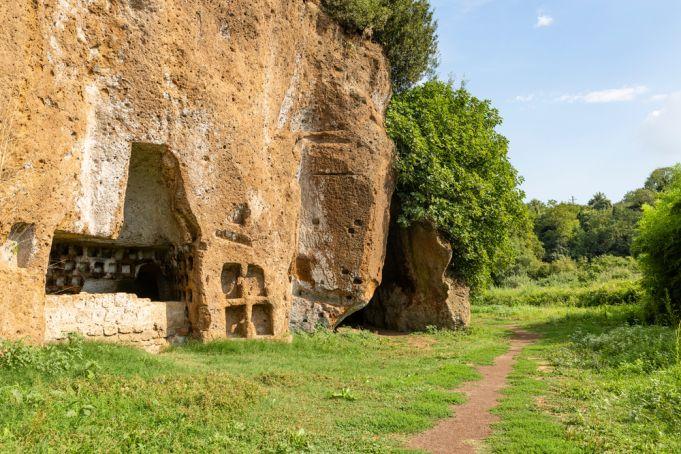 Best walking and trekking trails near Rome