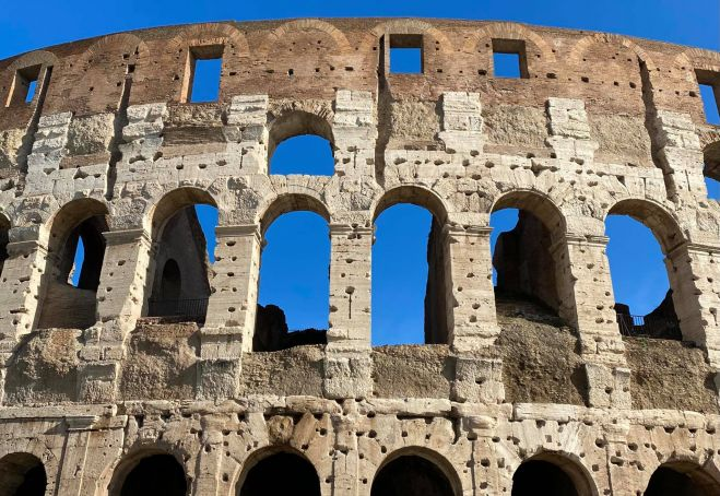 Covid-19 in Italy: Rome reopens Colosseum, Roman Forum and Palatine Hill