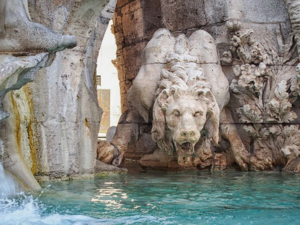 Rome to restore damaged Bernini lion in Piazza Navona
