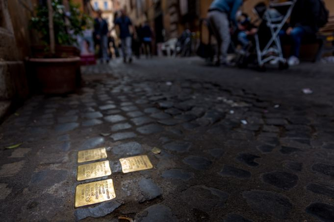 Rome remembers Holocaust victims with new bronze cobblestones