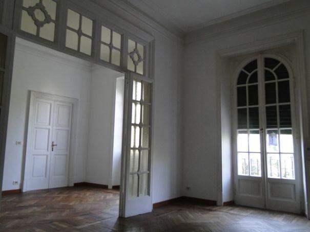 Villa Torlonia - Lovely 4-bedroom flat with balconies
