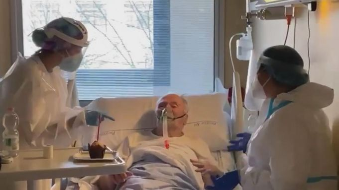 Italy: Nurses celebrate birthday of elderly covid-19 patient in Rome