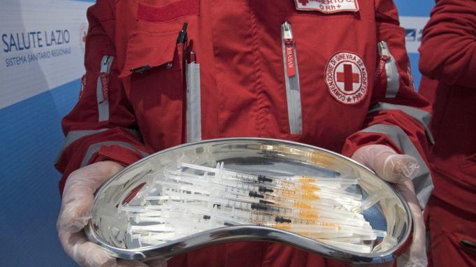 Covid-19: Rome doctors refuse AstraZeneca vaccine