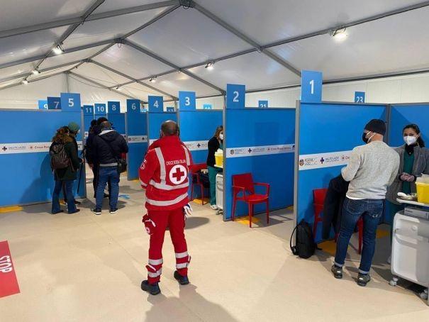 Italy: Rome's Fiumicino airport opens major covid-19 vaccination hub