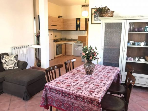 Very bright 3-bedroom furnished flat in Monteverde Vecchio