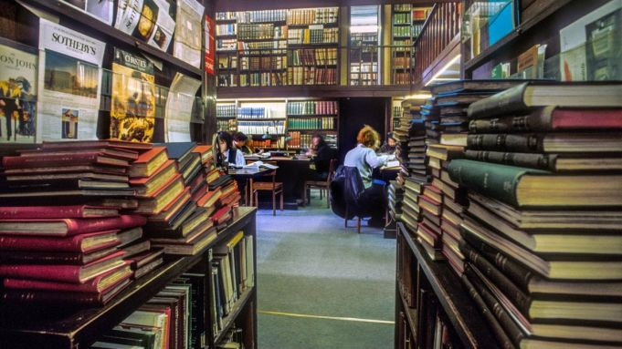 Rome's art history and archaeology library reopens after petition