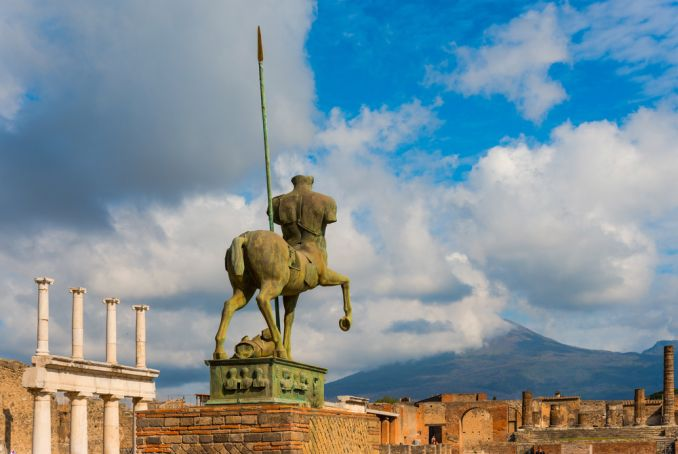 Pompeii reopens to visitors after covid-19 shutdown