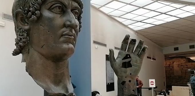 Paris sends Rome missing finger from giant statue of Roman emperor