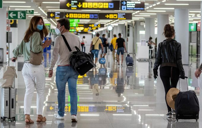 Italy lifts quarantine for tourists from EU, UK and Israel from 16 May