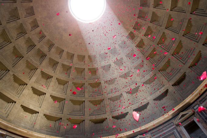 Pantheon cancels rose petal ceremony for second year