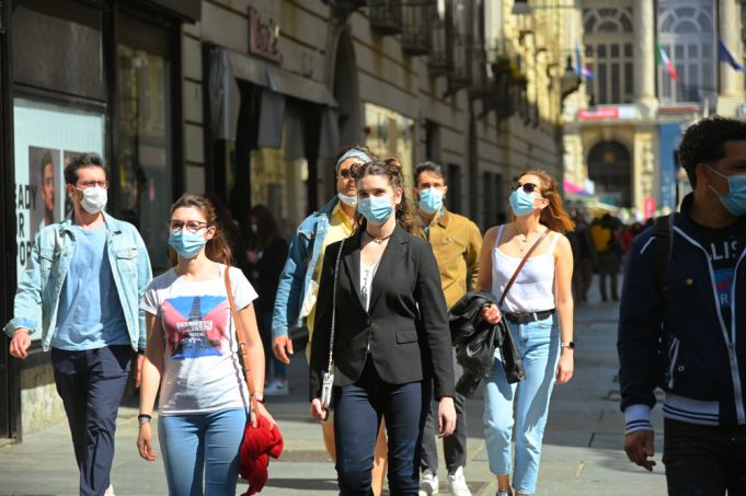 Italy drops outdoor mask rule as entire country now covid-19 'white zone'