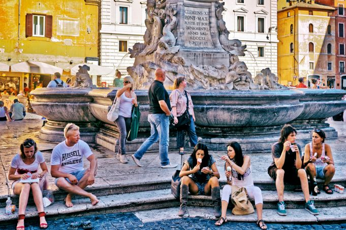 Florence: Uffizi boss proposes street food tax in Italy's art cities
