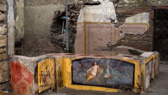 Pompeii to open Roman 'fast food' diner to visitors